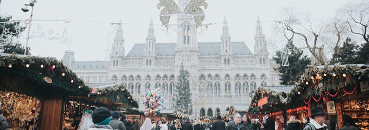 Božićni Market na Rathhausplatz trgu