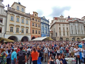 Gathered crowd in front of the Astronomical clock