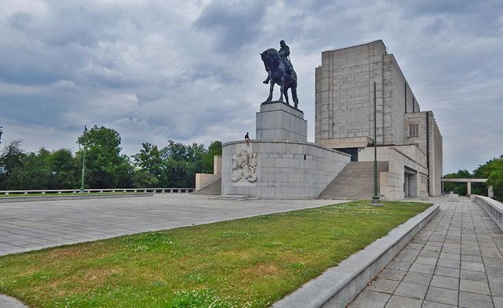 Nacionalni spomenik na Vitkov brdu