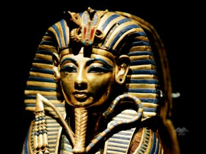 Burrial mask of Pharaoh Tutankhamun