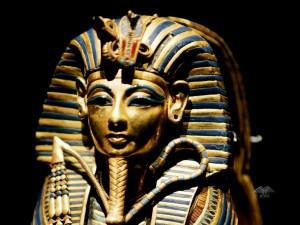 Burrial mask of Pharaoh Tutankhamun