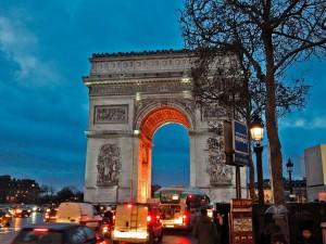 Triumfalna kapija u Parizu