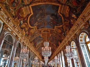 Hall of mirrors at Versailles Palace