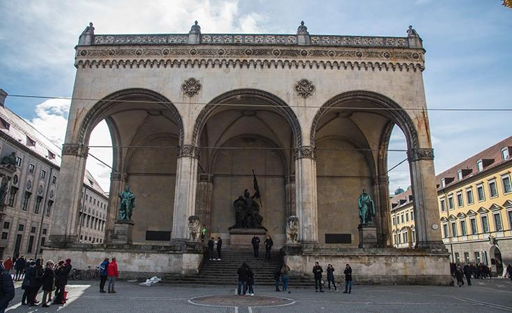 Odeonplatz u Minhenu