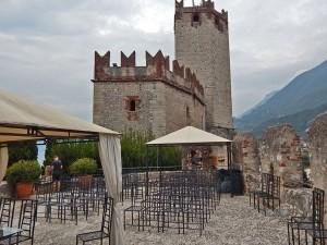 Malćezine zamak na jezeru Garda