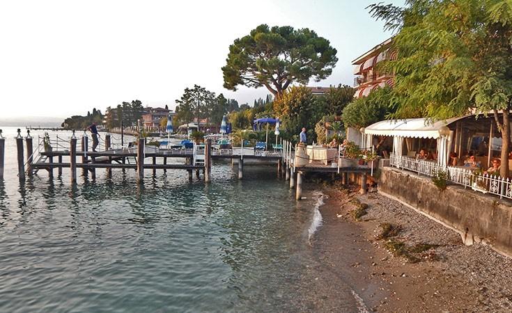 Sirmione na jezeru Garda