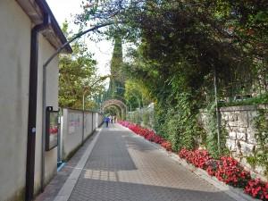 Promenade of the town Garda