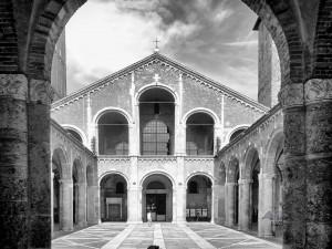 Bazilika Svetog Ambrozija u Milanu