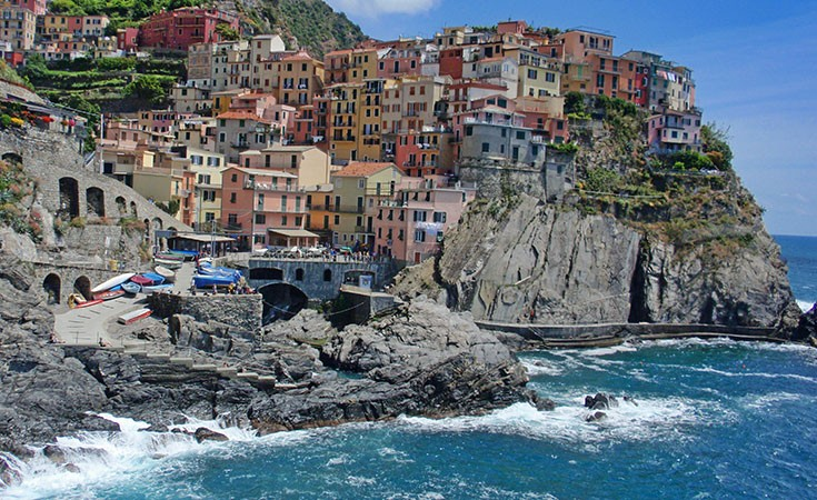 Cinque Terre: Colorful five cities in Italy