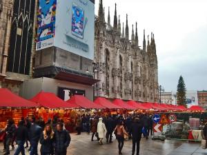Christmas market next to Duomo
