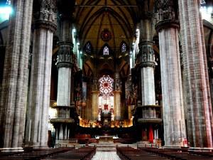 Unutrašnjost Duomo katedrale u Milanu