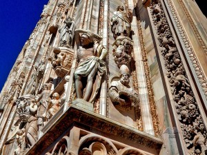 Prelepe statue Duomo katedrale u Milanu