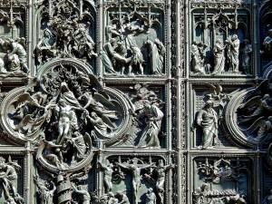 Prelepo ukrašena vrata  Duomo katedrale