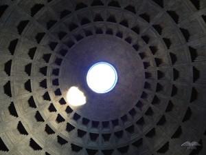 Neverovatan krov Panteona u Rimu