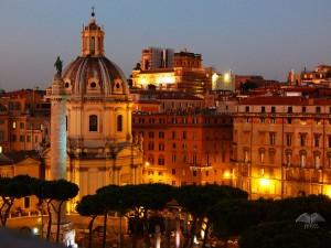 Pogled sa terasa Vitorijano spomenika na trgu Venecija