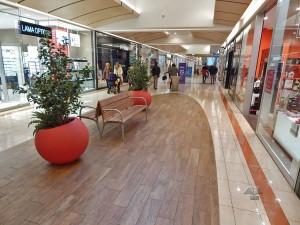 Auchan shopping mall in Venice