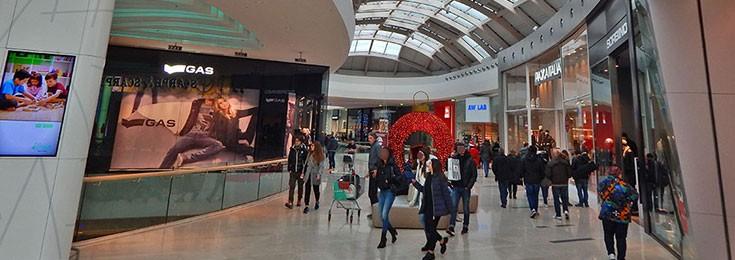 Nave de Vero shopping mall