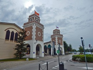 One of the entrances to Noventa di Piave outlet