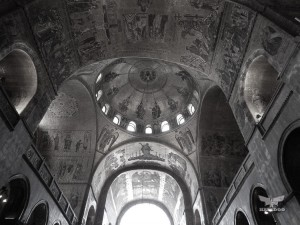 Basilica of San Marco, breathtaking interior frescoes in gold