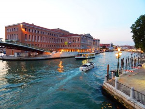 Grand Canal and the Constitution Bridge
