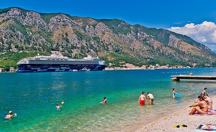 Kotor Beach
