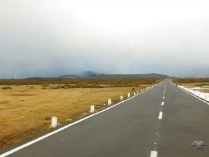 Put koji vodi do Rabasal planinarskih staza