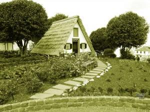 Santana, tradicionalne kuće na ostrvu Madeira
