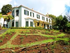 Main villa in the Botanical Garden