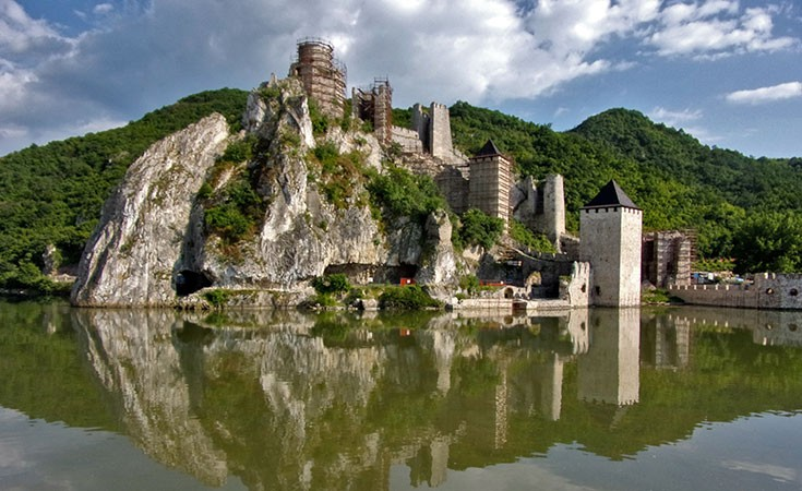 Golubac, Lepenski vir, monastery Tumane and winery Dusa